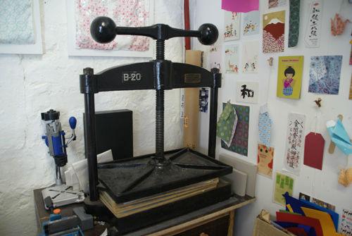 Book press